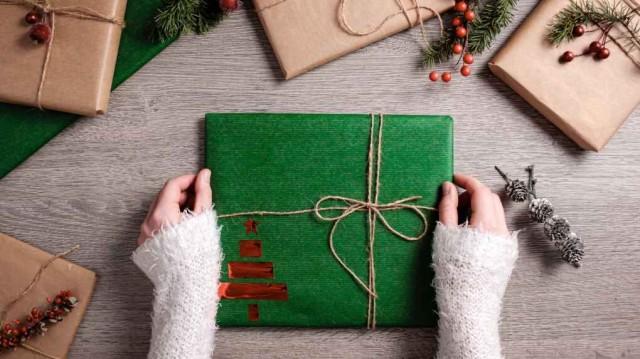 病毒在包装纸表面存活24小时:收圣诞礼物注意
