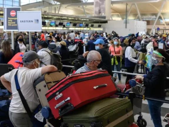 华人注意!加拿大入境新规来了!往返中国航班被大量取消!