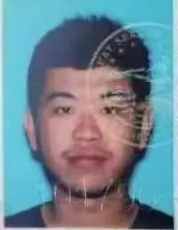 24岁中国留学生林泽颖在车祸中坠河丧生
