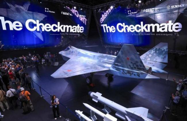 """莫斯科国际航空航天展览会展示新战机 代号""""Checkmate""""(将军)"""